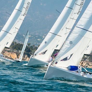 Ullman Sails powered J/70s driving upwind