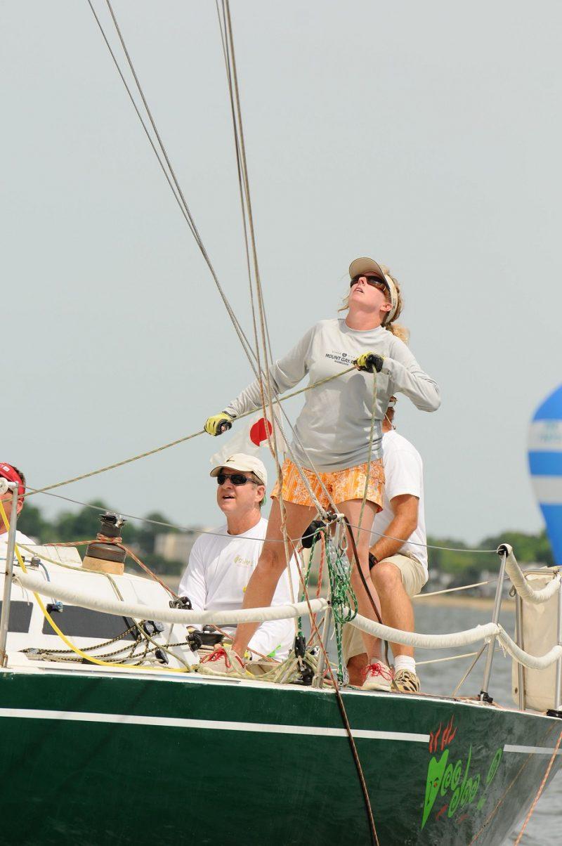 women-in-sailing-ullman-sails