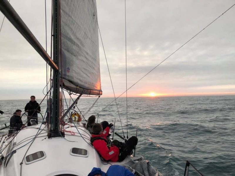 ullman-sails-cruising