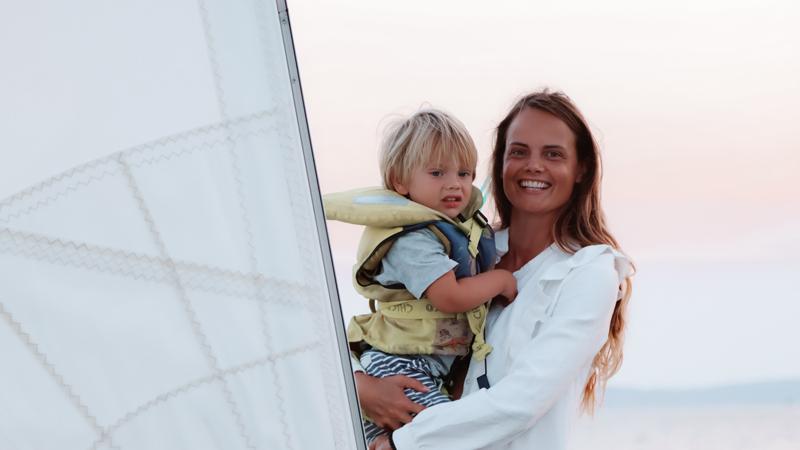 feel-the-breeze-sail